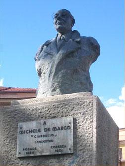 Monumento a Michele De Marco detto Ciardullo
